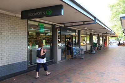 A photo of the shop front of Woolworths